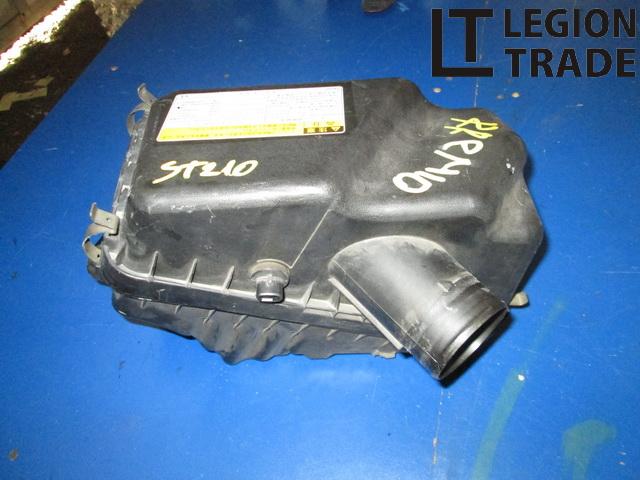 Коробка воздушного фильтра Toyota Corona Premio ST210 3SFE