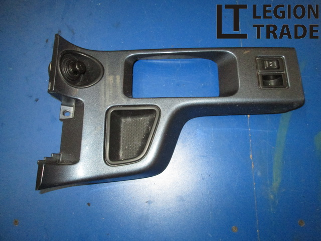Консоль кпп Nissan Terrano TR50 ZD30DDTI 1999.04