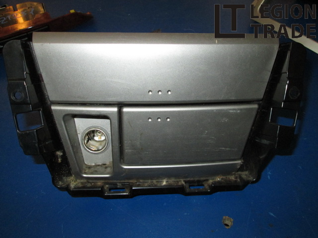 Пепельница Toyota Belta SCP92