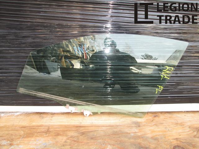 Стекло двери Honda Stream RN1 переднее левое