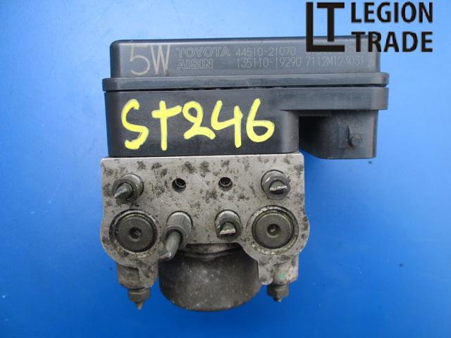 Блок abs Toyota Caldina ST246 3SGTE 2002.12