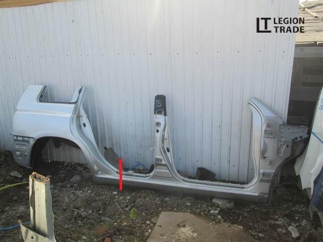 Порог кузова Toyota Kluger V ACU25 правый
