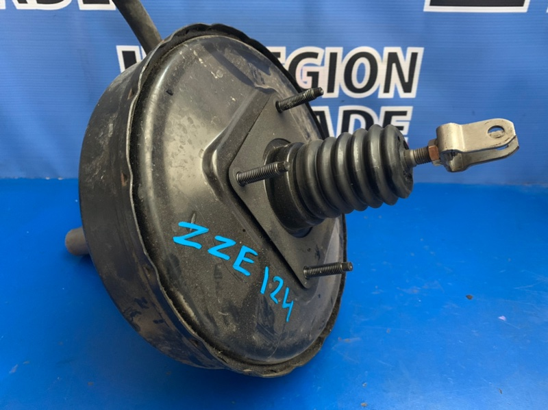 Вакуумный усилитель Toyota Corolla Fielder ZZE124 1ZZFE