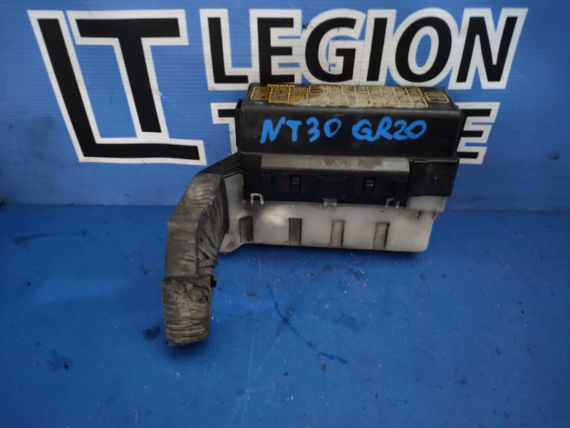 Блок предохранителей Nissan X-Trail NT30 QR20DE