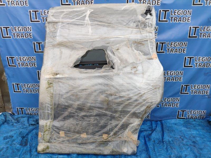 Дверь Toyota Voxy ZRR80 задняя левая