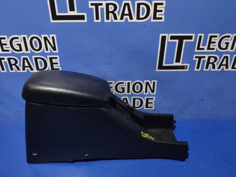 Консоль между сидений Honda Integra DB6