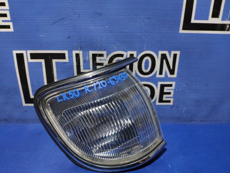 Габарит Nissan Terrano LR50 передний правый