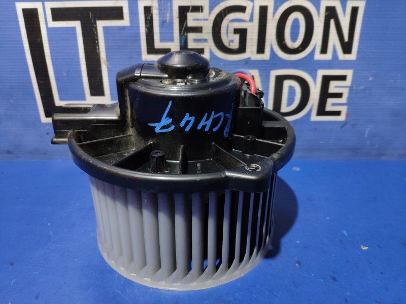 Мотор печки Toyota Hiace Regius RCH41