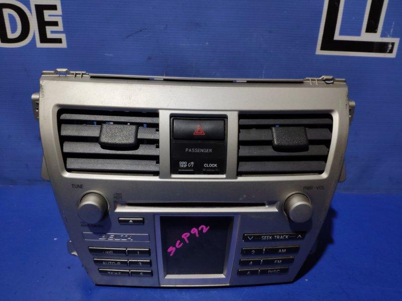 Магнитофон Toyota Belta SCP92