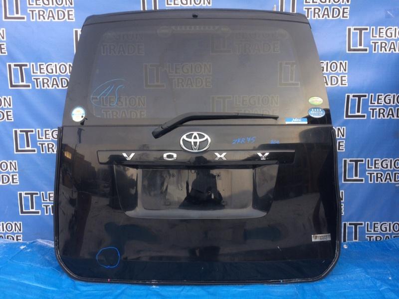 Дверь 5-я Toyota Voxy ZRR70