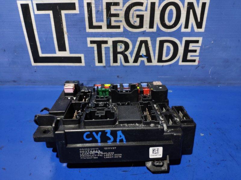 Блок предохранителей Mitsubishi Lancer CY3A