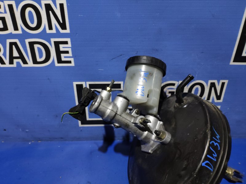 Главный тормозной цилиндр Mazda Demio DW3W