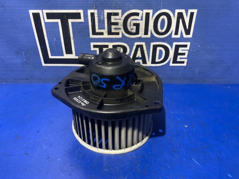 Мотор печки Nissan Terrano LR50 VG33E