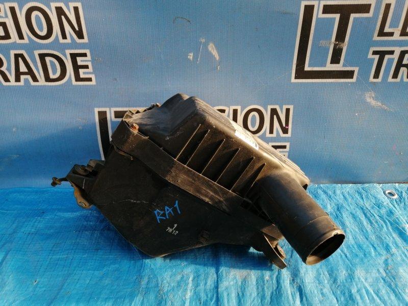 Коробка воздушного фильтра Honda Odyssey RA1 F22B