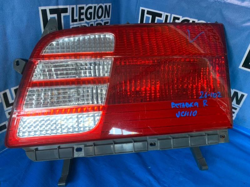 Вставка багажника Toyota Granvia KCH10 задняя правая