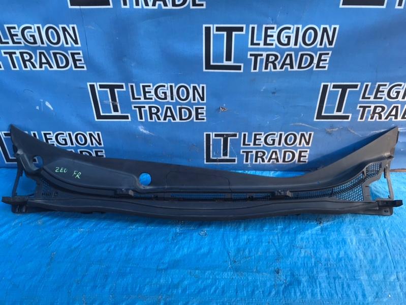 Решетка под лобовое стекло Nissan Leaf ZE0 EM61 передняя
