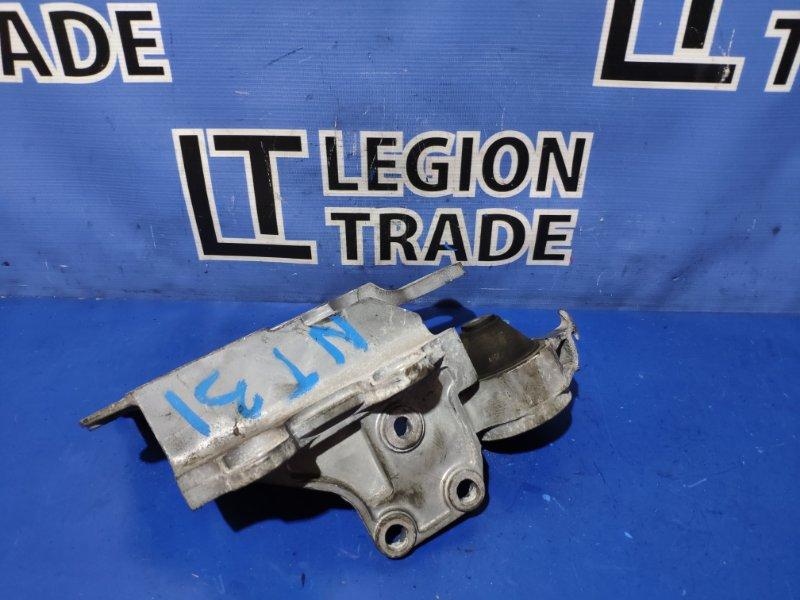 Подушка двигателя Nissan X-Trail NT31 MR20DE 2008 левая