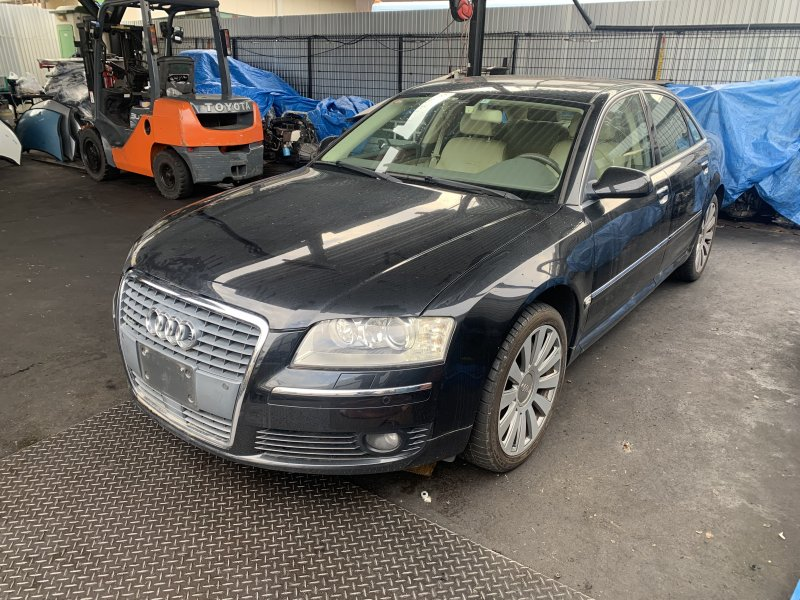Капот Audi A8 4E2 BGK 2006