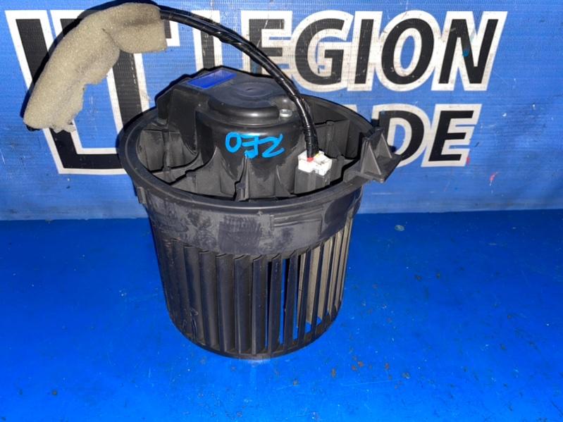 Мотор печки Nissan Leaf ZE0 EM61 07.2011