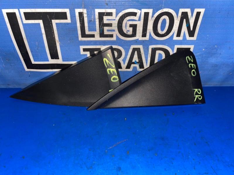Уголок крыла Nissan Leaf ZE0 EM61 07.2011 задний