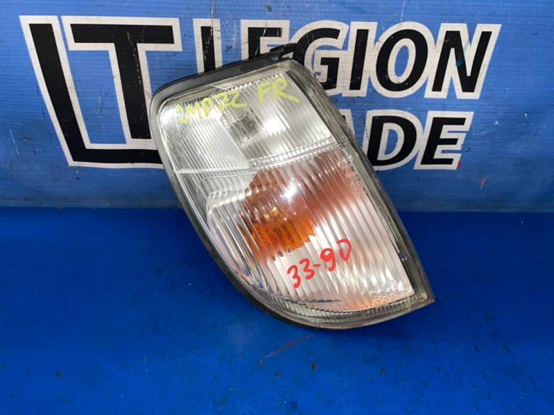 Габарит Nissan Datsun RMD22 QD32 03.2001 передний правый