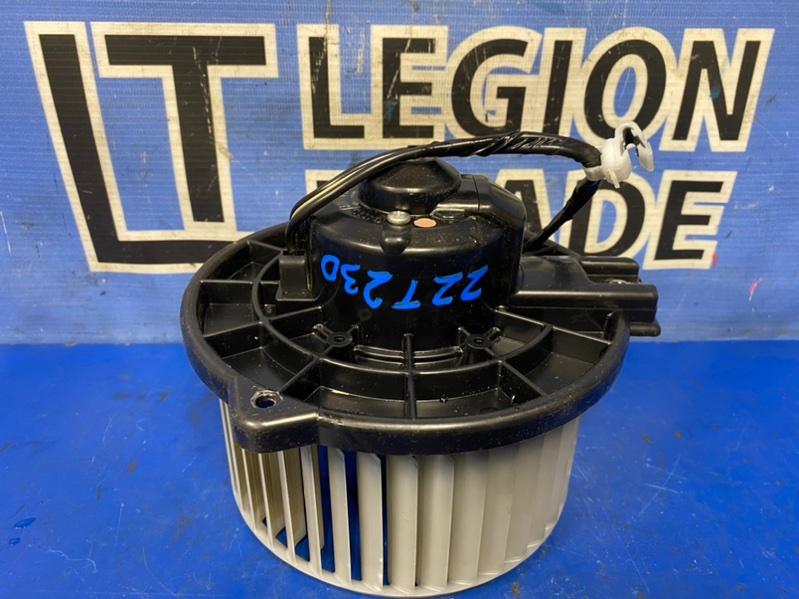 Мотор печки Toyota Celica ZZT230