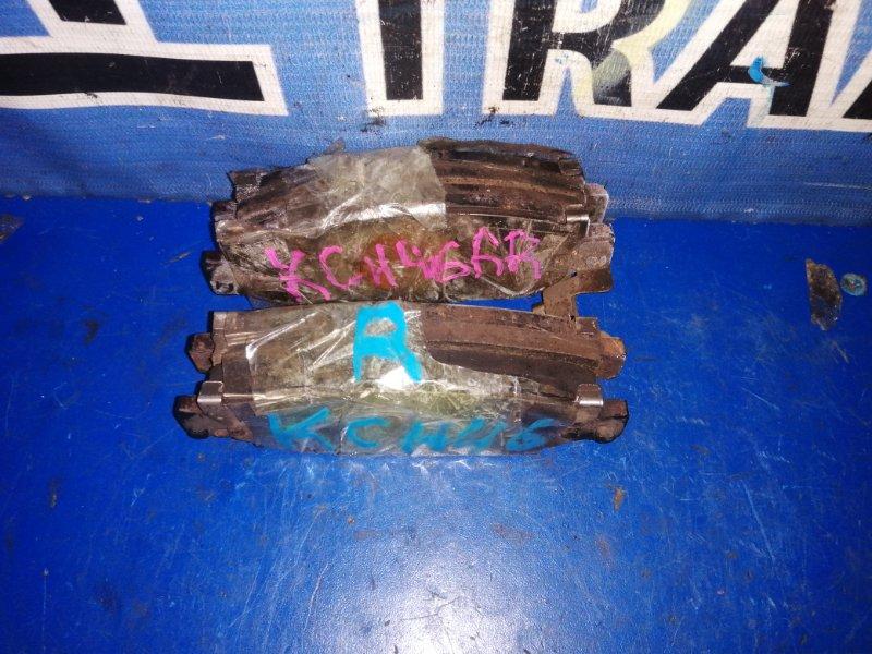 Тормозные колодки Toyota Hiace Regius KCH46 1KZ заднее