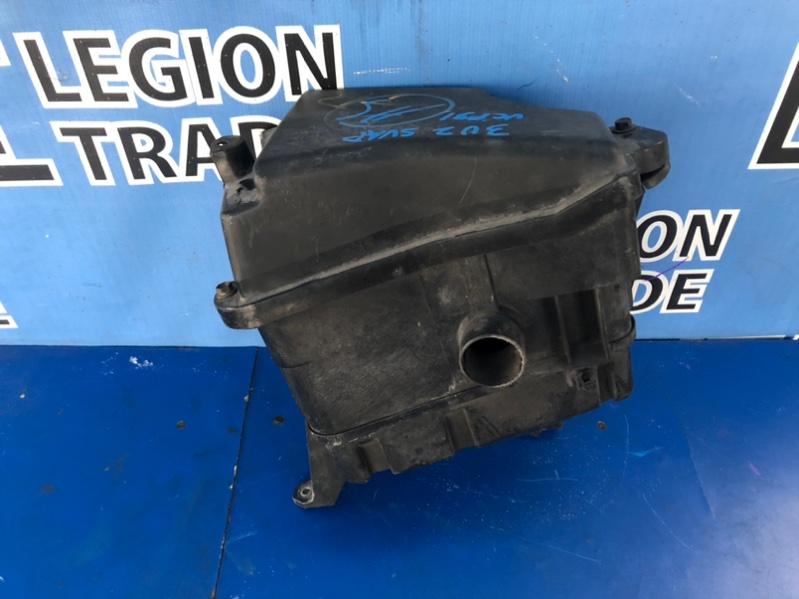 Коробка воздушного фильтра Toyota Celsior UCF31 3UZFE