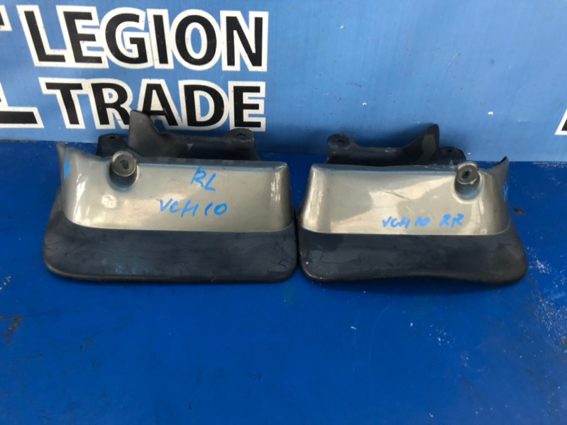 Брызговики комплект Toyota Granvia VCH10 5VZFE задние