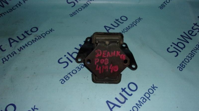 Подушка двигателя Mitsubishi Delica PD8W 4M40T нижняя