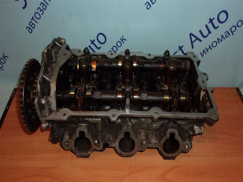 Головка блока цилиндров Nissan Cefiro A32 VQ20DE правая