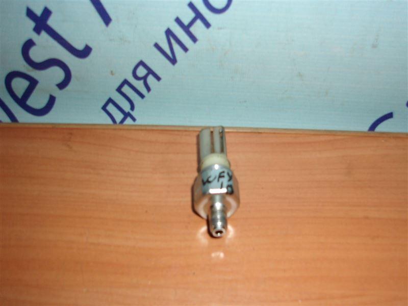 Датчик давления масла Nissan Sunny California WFY10 GA15DS