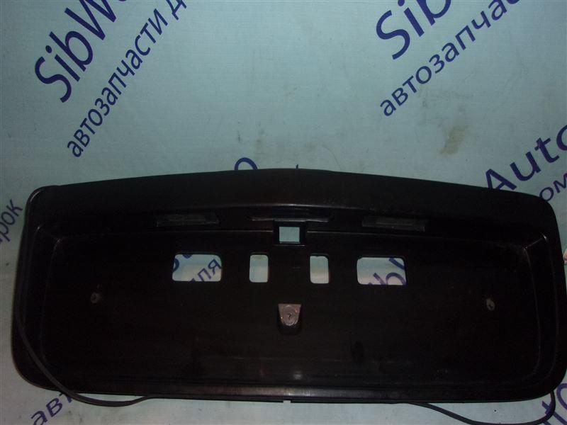 Накладка на багажник Nissan Primera P12E QG18DE 11.2006