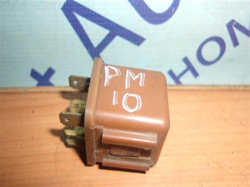 Реле Nissan Prairie PM10 CA18S 1988