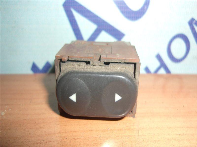 Кнопка стеклоподъемника Fiat Punto 176 176A9.000 (1.6Л) 1993-1997 передняя правая