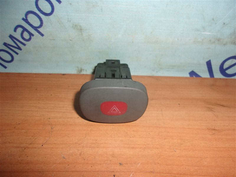 Кнопка аварийной сигнализации Renault Clio Ii BB0A D7F720 1998