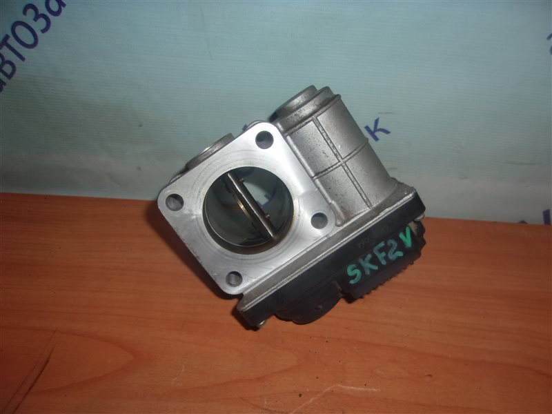 Блок дроссельной заслонки Mazda Bongo SKF2V RF-T 2006