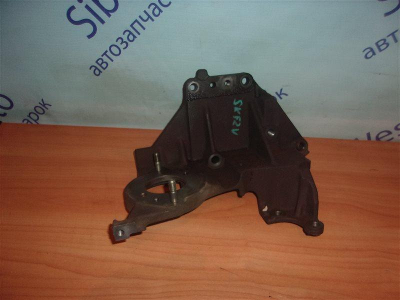 Крепление топливного насоса Mazda Bongo SKF2V RF-T 2006