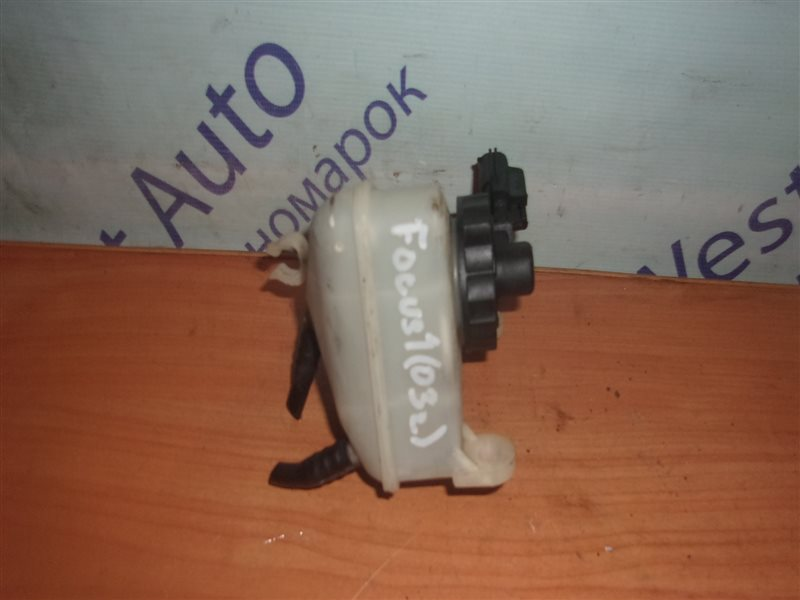 Бачок для тормозной жидкости Ford Focus 1 MK1 CDDA 1.6 1998-2005