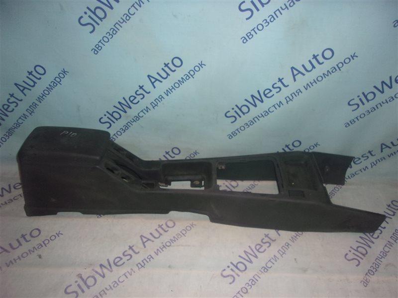 Бардачок между сиденьями Nissan Primera P10 SR18DE 1993