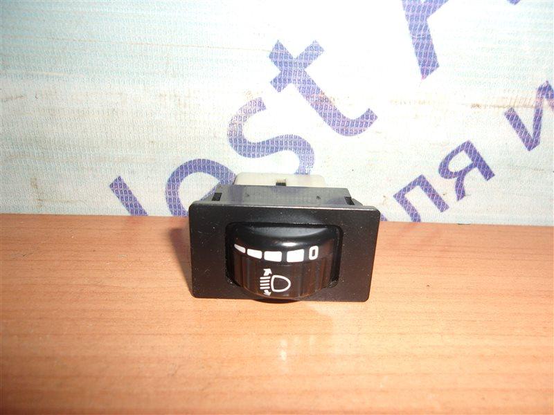 Кнопка корректора фар Isuzu Elf NQR75 4HK1 2008