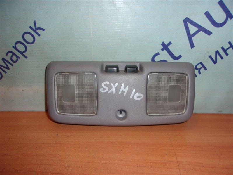 Плафон Toyota Ipsum SXM10 передний