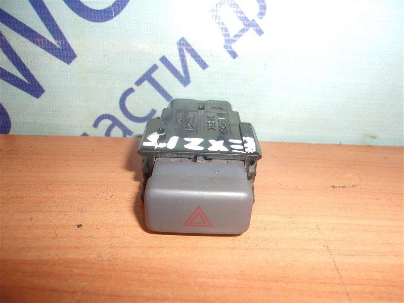 Кнопка аварийной сигнализации Toyota Raum EXZ15