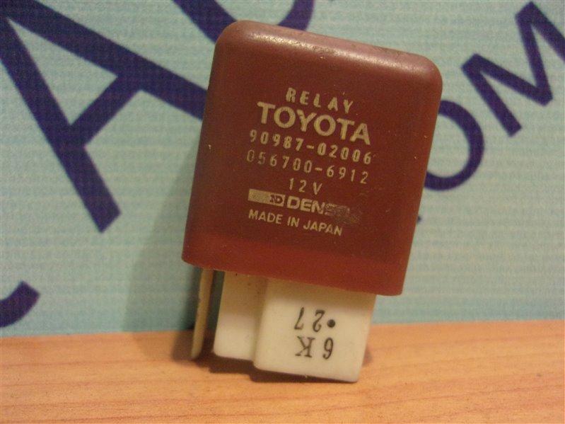 Реле Toyota Hiace LH119