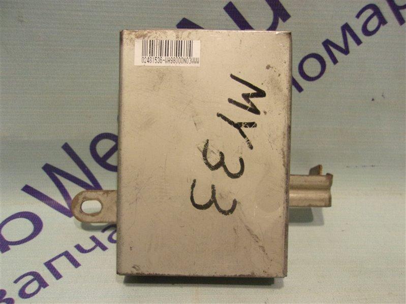 Блок управления abs Nissan Cedric MY33