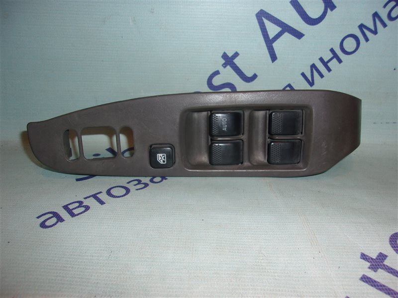 Блок упр. стеклоподьемниками Subaru Lancaster BH9 передний правый