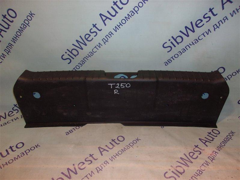 Накладка замка багажника Chevrolet Aveo T255(T250) B12D1 2009