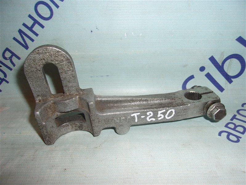 Вилка сцепления Chevrolet Aveo T255(T250) B12D1 2009