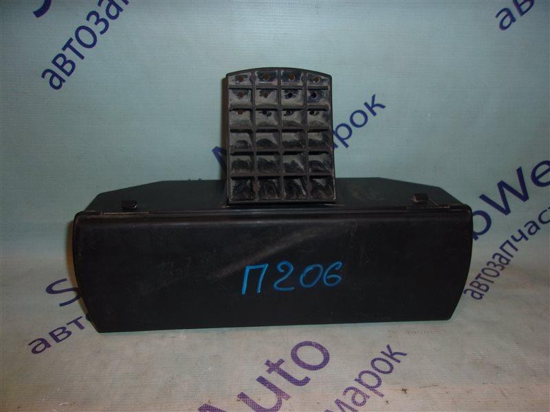 Обшивка багажника Peugeot 206 TU3JP1.4L 2002