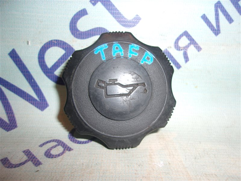 Крышка масляной горловины Mazda Millenia TAFP KF-ZE 2000